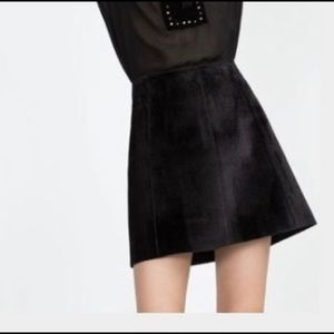 Zara Black Faux Calf Hair Mini Skirt. Sz M